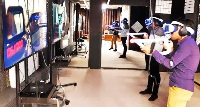 واقعیت مجازی VR در مرکز بازی های پردیس تهران